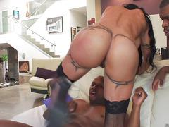 Wild Busty babe Jewels Jade loves big black cocks