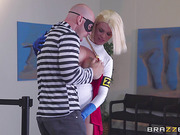Sexy and strong beauty Peta wins slicker Johnny Sins