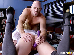 Harlow Harrison - Fun porn in strictly teacher's office