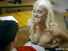 2020-02-20 Horny Mature Blonde Loves Big Cocks in Her All Holes