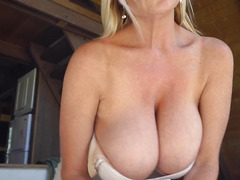 Kelly Madison showed her big tits and jerked off my dick