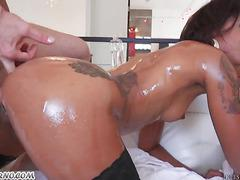 Slim mulatto girl with a big ass gets double pounding